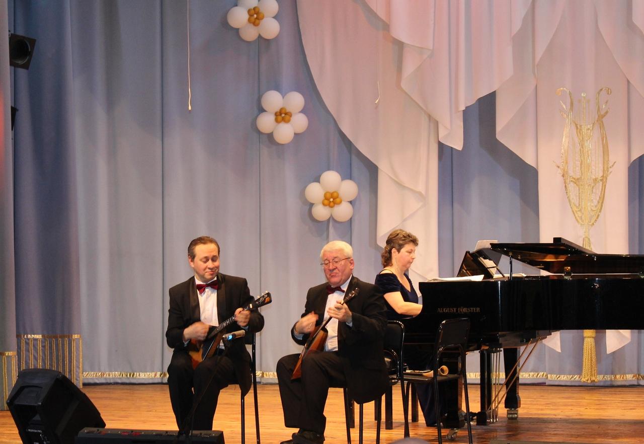 5 ноября в концертном зале ДМШ №20 им. М. А. Матренина состоялся концерт «Какая прелесть эти балалайки»