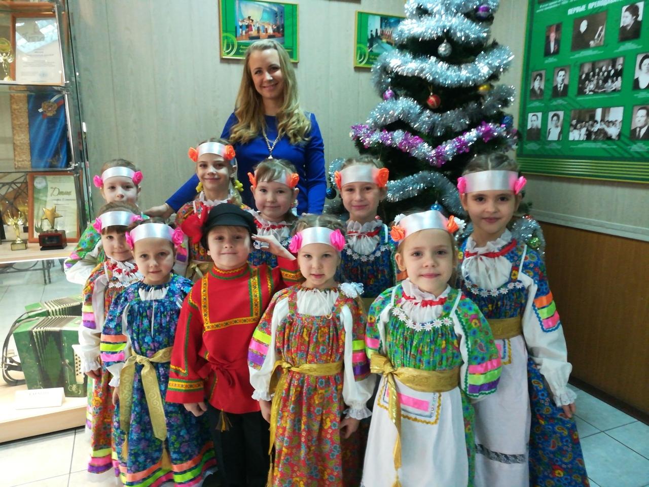 Фольклорный ансамбль «Ладушки»